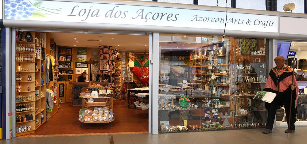 Armario Pequeno ~ Loja dos Açores Aeroporto de Ponta Delgada
